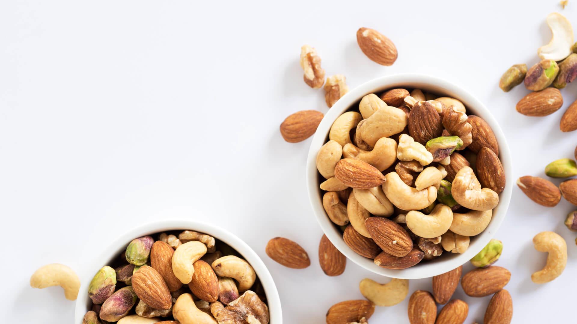 Forskellige nødder og mandler